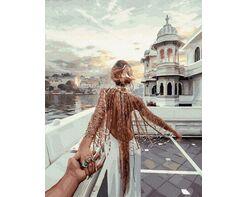 Follow me. Venice